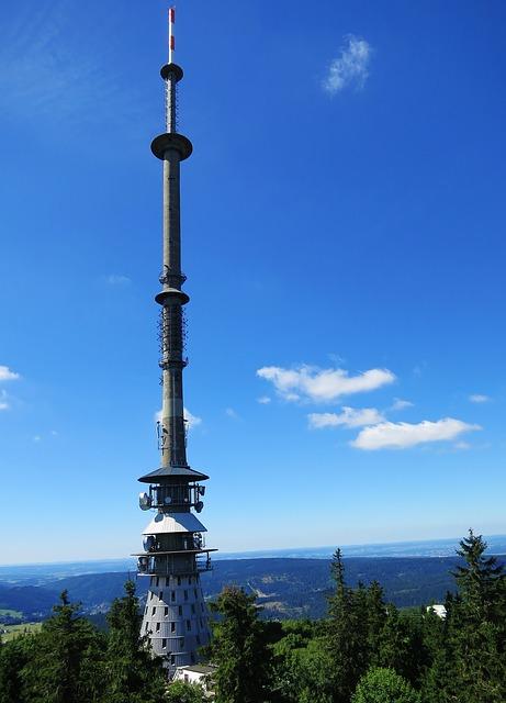 Free ox-head fichtelgebirge transmission tower sky blue