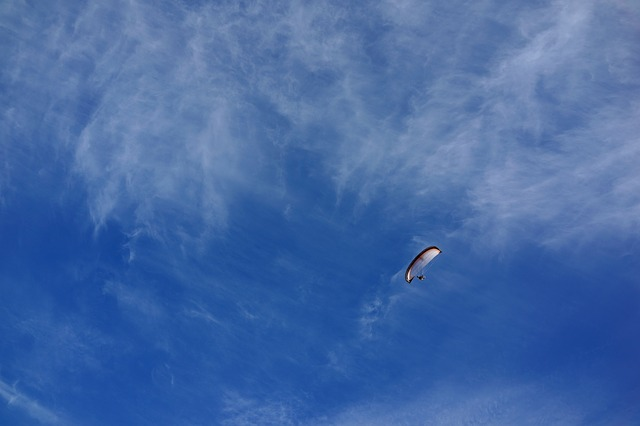 Free sky paraglider parachute