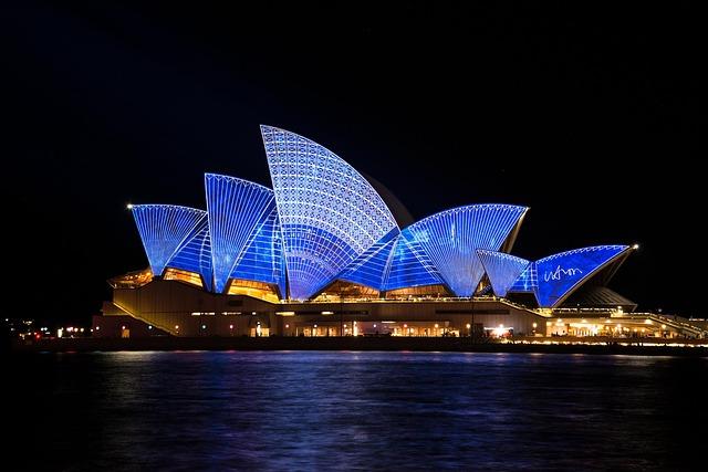 Free               sydney opera house australia sydney harbour vivid