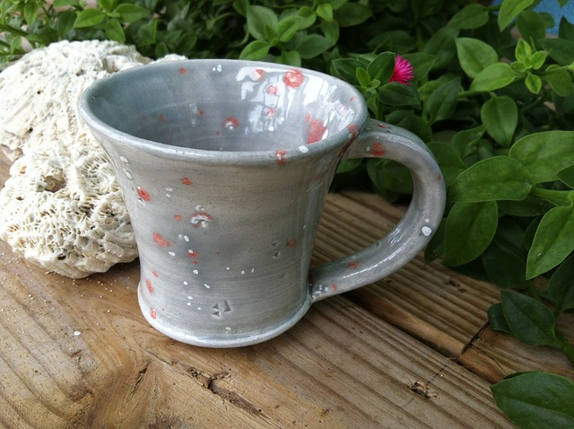 Free mug ceramic cup earthenware pottery thrown