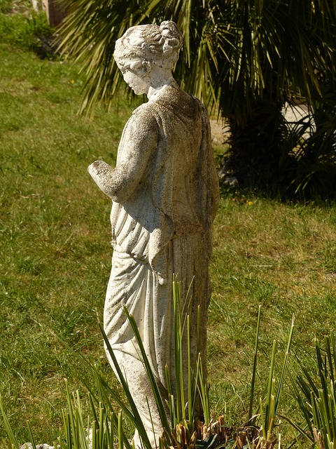 Free statue garden fig sculpture stone figure woman