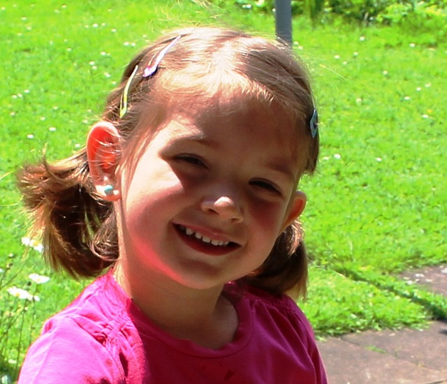 Free girl cheerful smile portrait hair clips earring