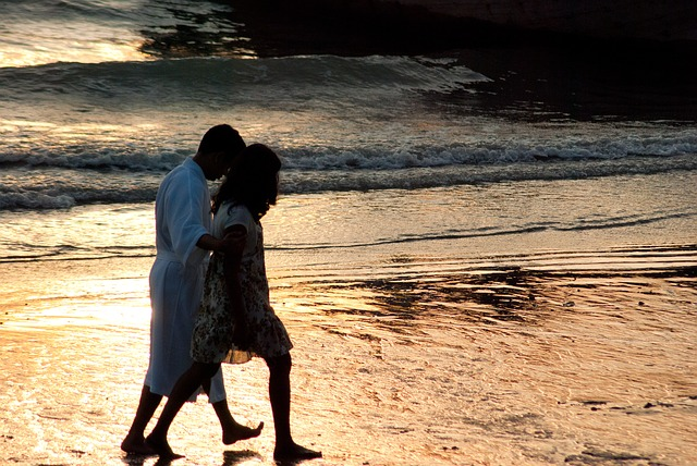 Free krabi beach sunset couple romantic holiday