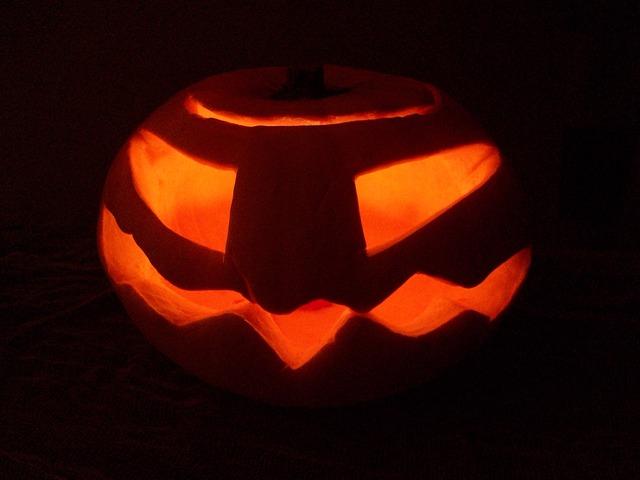 Free pumpkin halloween night