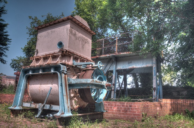 Free holywell cotton mill machine rusty metal