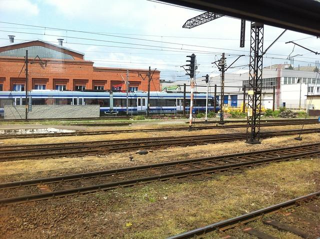 Free train trains pkp travel railway railroad tracks