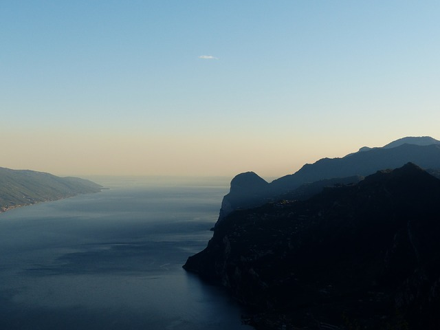 Free monte cas garda see mountains garda mountains