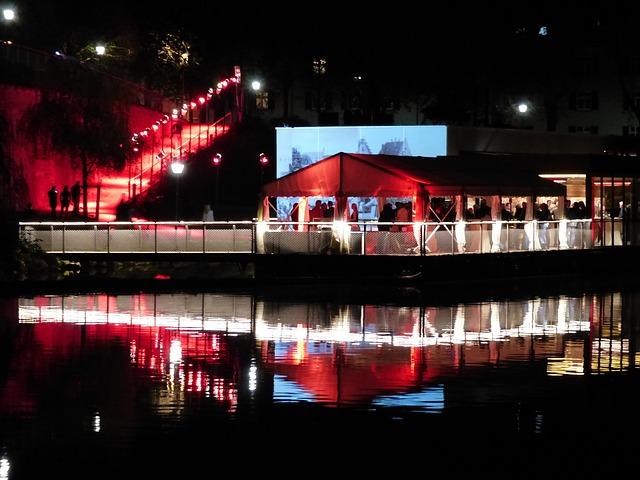 Free boot houseboat gala celebration wedding celebration