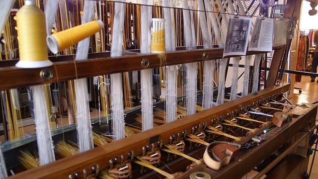 Free loom silk bobbin weave textile factory fabric
