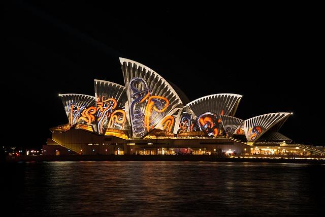 Free sydney opera house sydney australia vivid