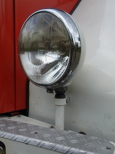 Free auto oldtimer fire red spotlight light fire truck