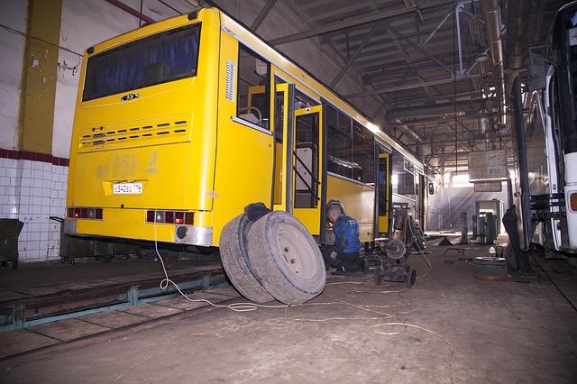 Free bus wheel repair shop