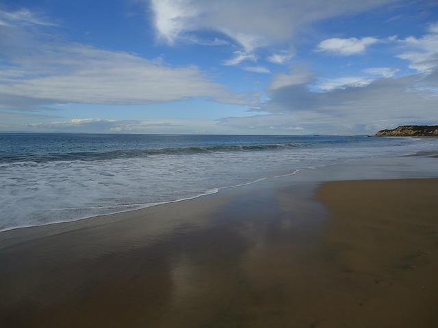 Free reflexion sand waves beach sky landscape
