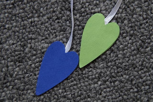 Free heart two pair blue green band gang symbol