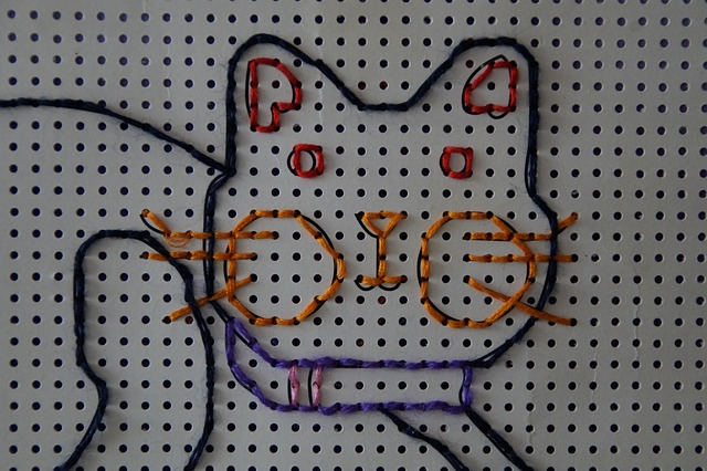 Free cat tinker embroidery kindergarten child children