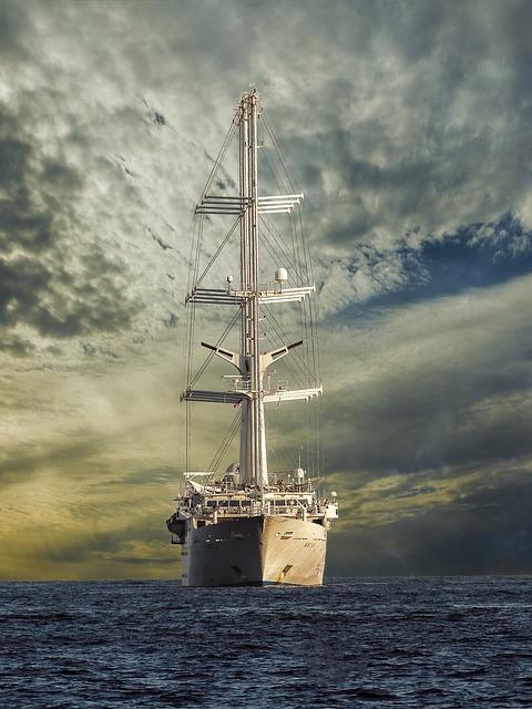 Free               sailing vessel ozeanriese mega yacht