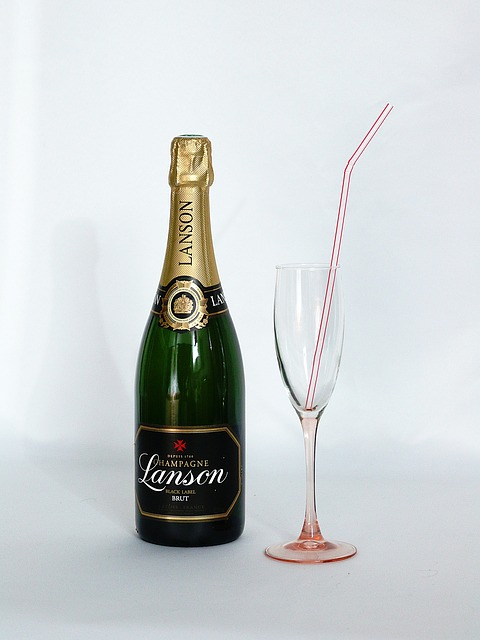 Free bottle champagne straw glass champagne straw