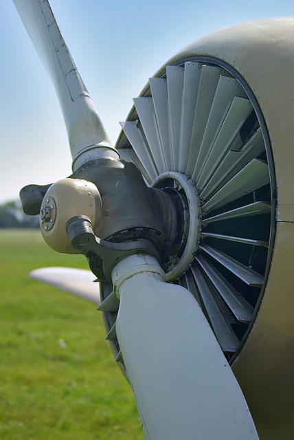 Free plane summer propeller