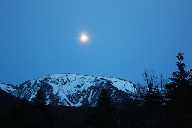 Free mountain moon scenic mountains snowy mountains