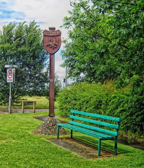 Free duxford england uk village park sign bench hdr