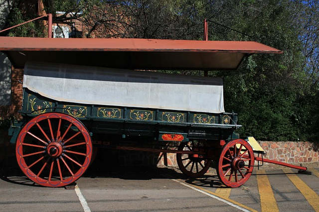 Free ox wagon wagon ox wood green painted cover