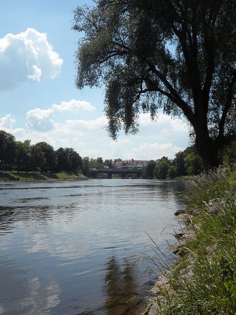 Free danube idyll idyllic ulm river quiet atmospheric