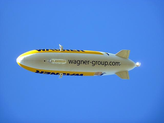 Free zeppelin air ships aviation fly balloon airship