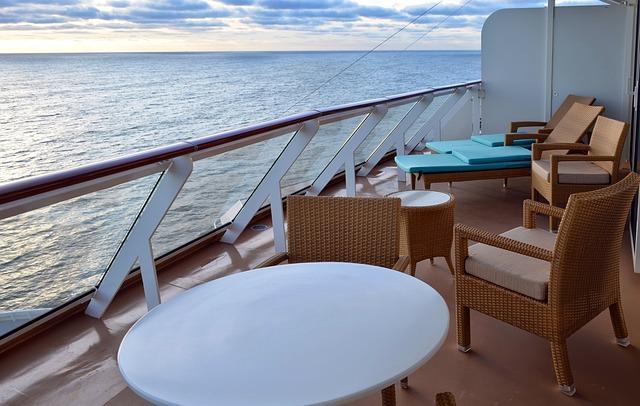 Free cruise ship shipping sea atlantic holiday