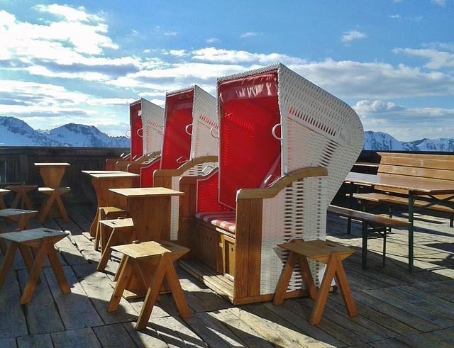 Free clubs ski holiday sun terrace beach chair travel