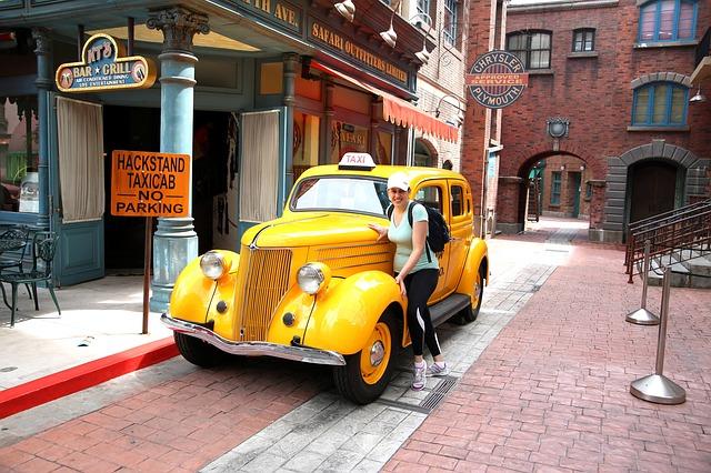 Free taxi singapore yellow