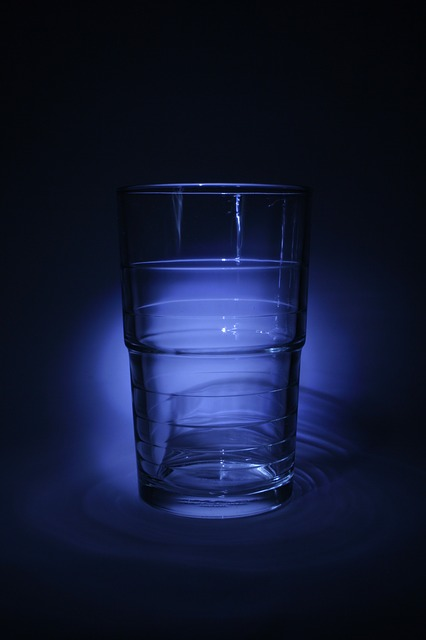 Free glass drinking glass blue drink thirst water