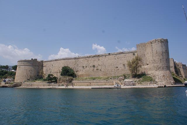 Free girne castle marine
