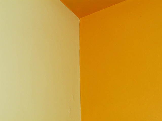 Free edge room color combination wall yellow white
