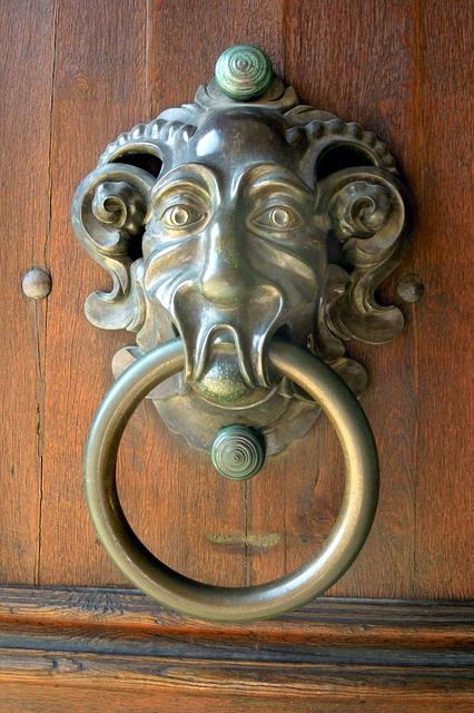 Free doorknocker goal door house entrance