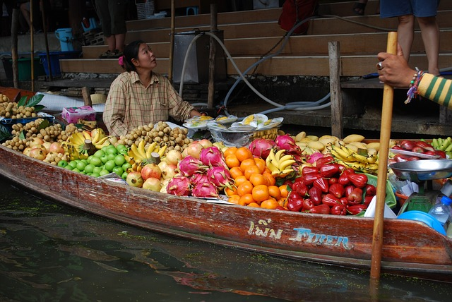 Free thailand fruit channel trade boats