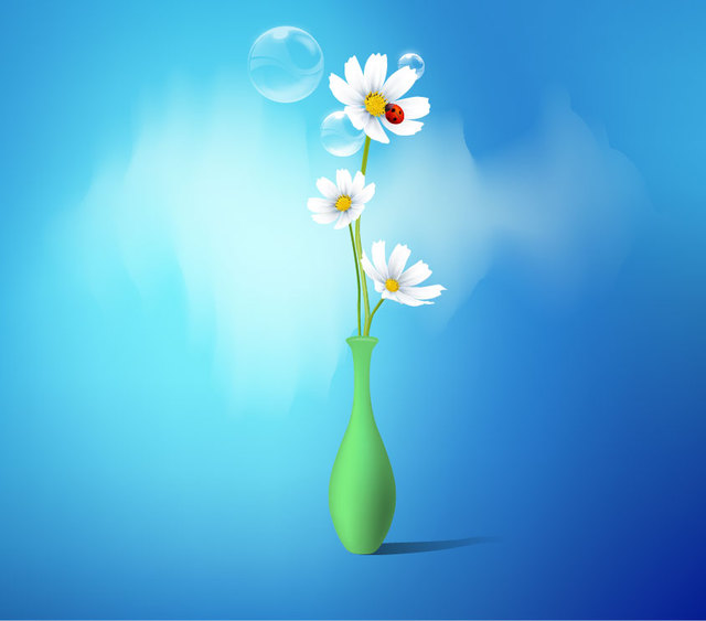 Free Flower Vase with White Daisies
