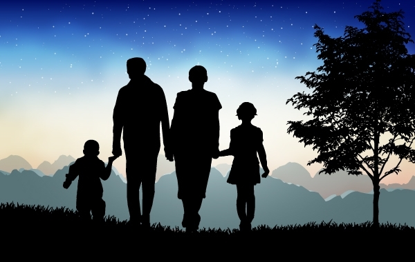 Free Evening Time Nature with Happy Family