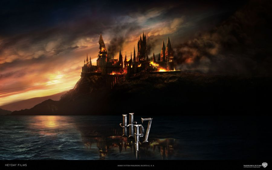 Free Wallpapers: Harry Potter: Hogwarts on Fire | Movies