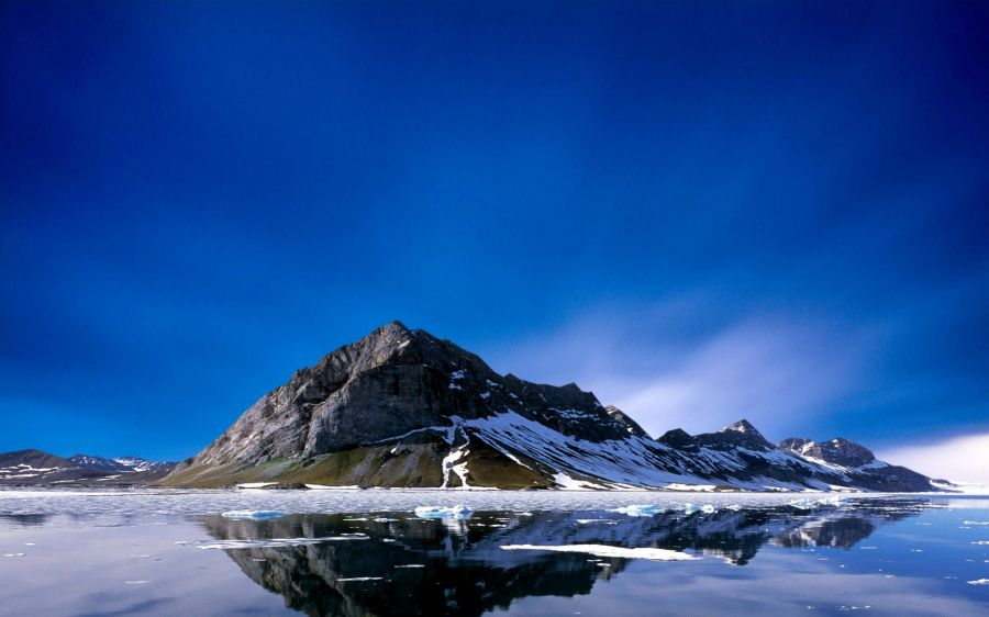 Free Wallpapers: Ice Melting off Mountain | Nature