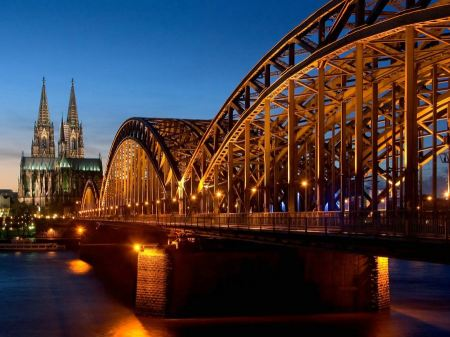 Free Cathedral Hohenzollern Bridge Germany