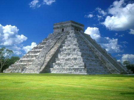 Free Pyramid of Kukulk