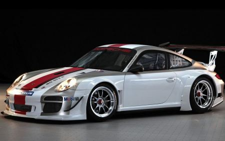 Free 2010 Porsche 911 GT3 R