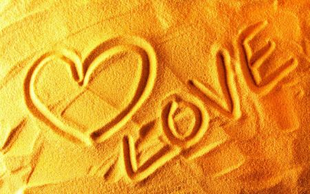 Free Love Painted in the Sand