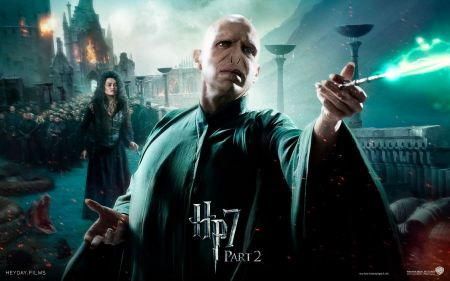 Free Voldemort and Bellatrix in Harry Potter and the Deathly Hallows Part 2