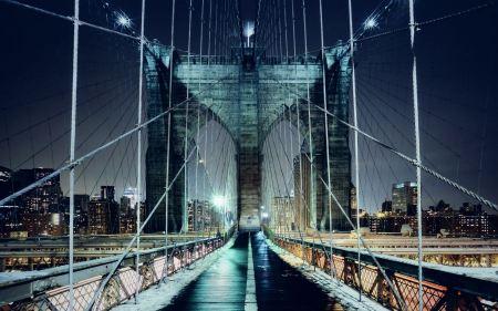 Free Brooklyn Bridge Walkway