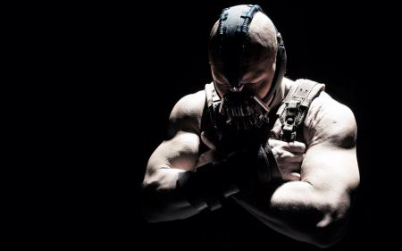 Free Tom Hardy as Bane in The Dark Knight Rises