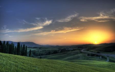 Free Sunset in Tuscany