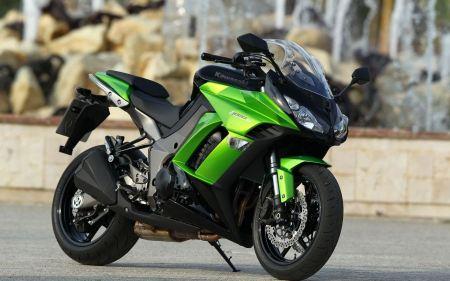 Free Kawasaki Z1000SX