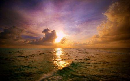 Free Maldivian Sunset