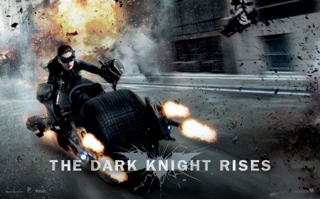 Free Anne Hathaway as Catwoman in Dark Knight Rises